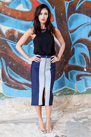 ����� ���� � ������ �� Moises Quesada � ������������ �� Dana Rebecca Designs �  EF Collection �� �������� ������ ����������-�������