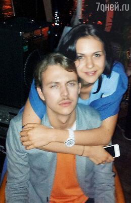 Сын Марии Мироновой Андрей Удалов с подругой Ксенией