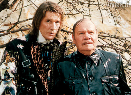 Абдулов очень любил Михаила Ивановича, называл «настоящим русским артистом».  На съемках «Бременских музыкантов»