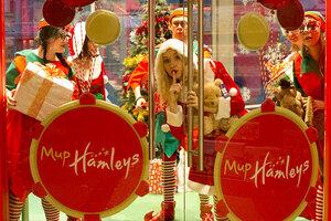 Hamleys приглашает тебя в увлекательное путешествие в Рождество!