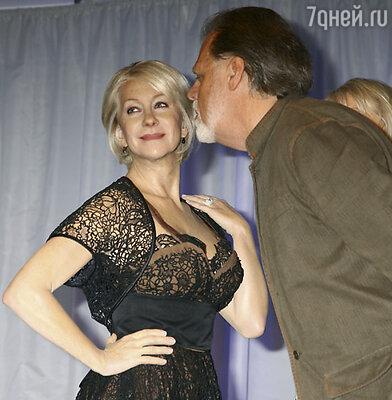 Третья в «поцелуйном» рейтинге - восковая фигура актрисы Хелен Миррен