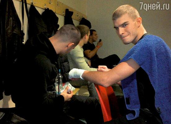 Любовь к боксу Владимир унаследовал от своего отца, Михаила Пореченкова