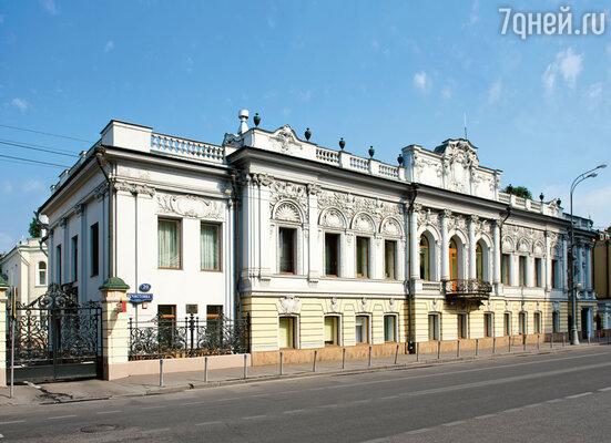Москва, улица Пречистенка, дом 20