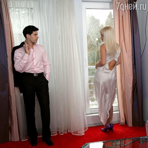 Антон и Виктория МакарскиеПоздравляю»