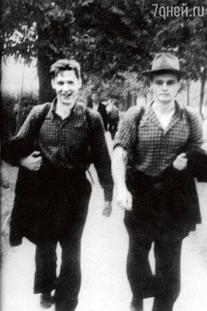Олег Ефремов с Геннадием Печниковым