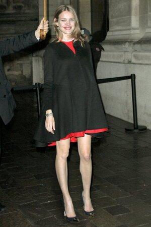 Наталья Водянова на показе своей коллекции для бренда нижнего белья в Париже