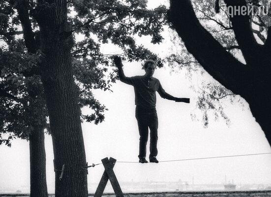 «Мне потребовался год, чтобы научиться ходить по канату для съемок «Трех толстяков». 1966 г.