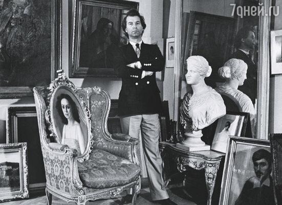 Когда мама впервые увидела Шилова, ахнула про себя: «Да с него хоть сейчас пиши портрет Дориана Грея!»