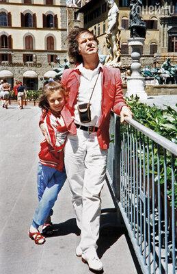 Я видела, как дядя Саша любит Машу. Он очень хотел ребенка...