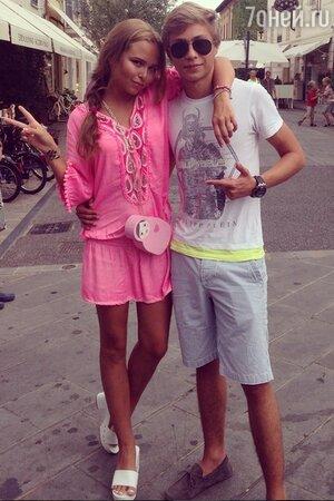 Стефания Маликова с двоюродным братом Димой
