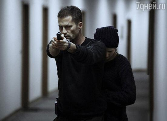 Тиль Швайгер в роли Макса Фишера. «Ангел-хранитель», 2012 год