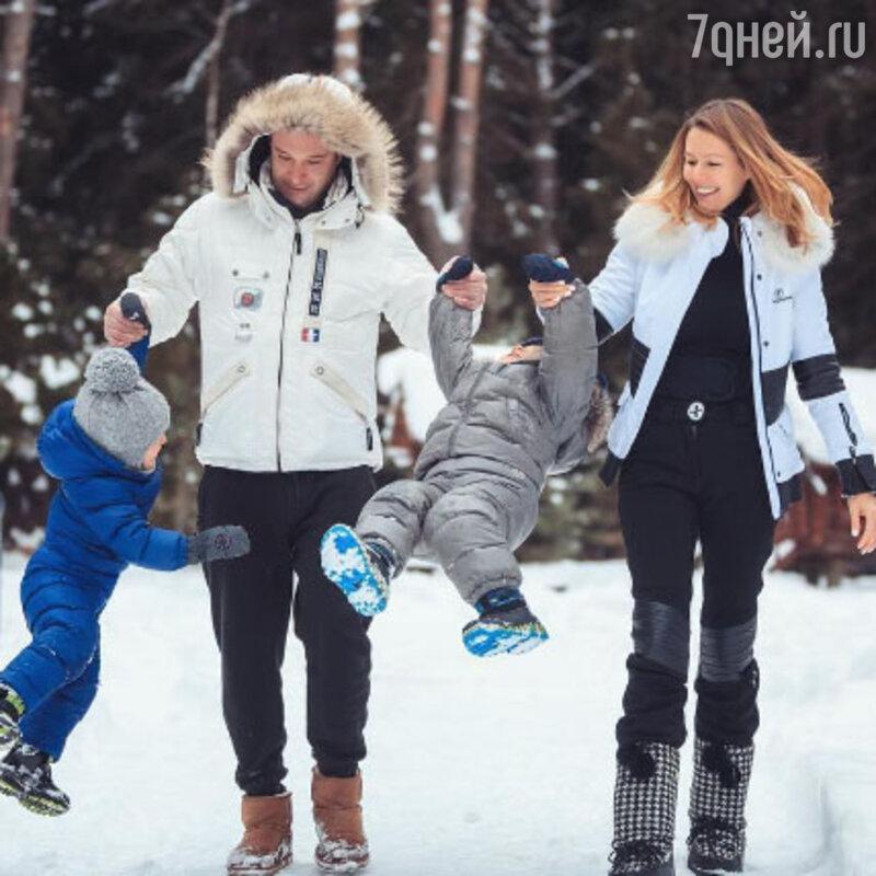 Мария Кожевникова озвучила неутешительный диагноз своих детей