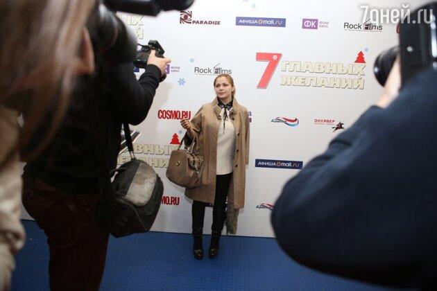 Гости мероприятия осыпали комплиментами исполнительницу главной роли Ирину Пегову