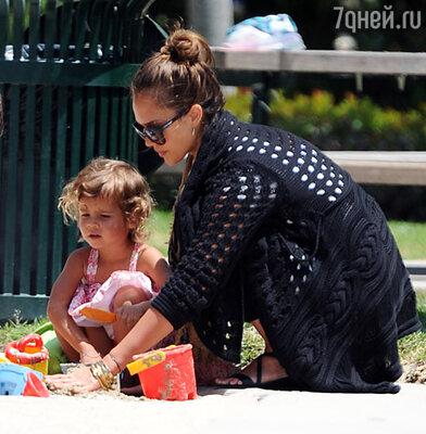 Джессика Альба с дочерью Онор