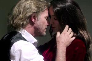 Снова вместе: Наталия Орейро снялась в клипе с Факундо Арана