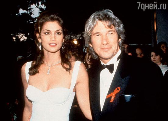С бывшим мужем Ричардом Гиром. 1993 г.