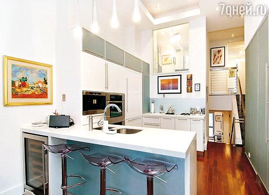 Кухня Рианны оборудована по последнему слову техники