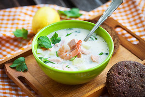 Овощной суп с йогуртом и семгой: рецепт основного блюда