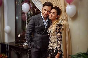 Александр Ревва на вечеринке своей жены