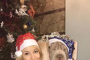 Ольга Орлова и её пес Бруно желают всем счастья