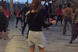 ВИДЕО: зажигательный танец Елены Захаровой