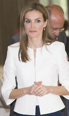 Летиция, королева Испании (Letizia Ortiz)