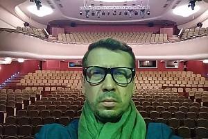 Андрей Мерзликин не нашел ни одного зрителя в зале