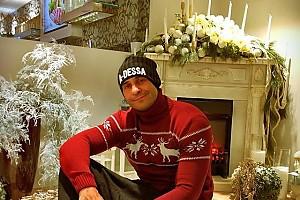 Стас Костюшкин обзавелся модным свитером с оленями