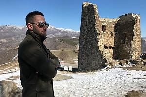 Дмитрий Шепелев гуляет по Грузии