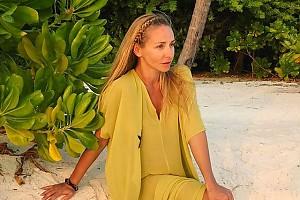 Татьяна Навка похвасталась идеальным загаром