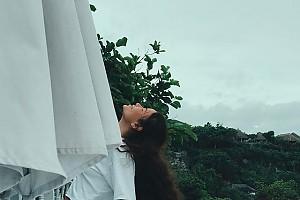 Курортное настроение Айзы Анохиной