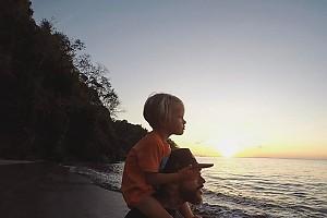 Тимати с дочкой наслаждаются закатом