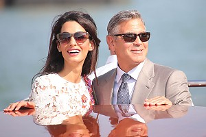 Клуни и Аламуддин впервые вышли в свет в качестве супругов