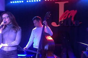 ВИДЕО: Екатерина Гусева душевно исполнила отрывок песни Высоцкого