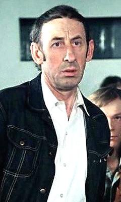 Владимир Басов