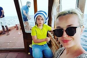 Полина Гагарина прививает сыну любовь к рыбалке