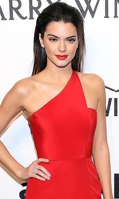 ������� ������� (Kendall Jenner)