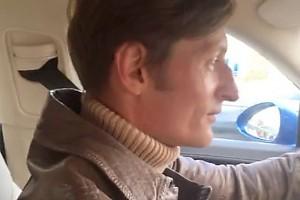 ВИДЕО: Павел Воля начал работать таксистом