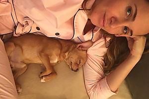 «Спящая милота» — Юлия Ковальчук с лучшим другом