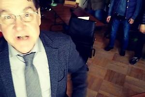 ВИДЕО: Сергей Маковецкий попросил беречь Андрея Мерзликина
