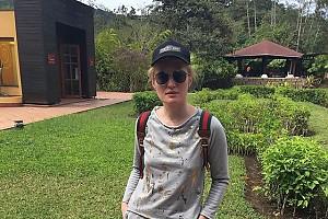 Виктория Толcтоганова улетела в Эквадор