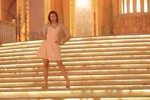 ВИДЕО: зажигательные танцы Регины Тодоренко