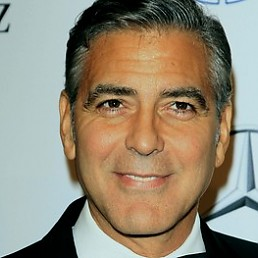 ������ ����� (George Clooney)