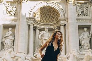 Жанна Бадоева прогулялась по Риму на шпильках