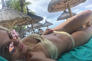 Наталья Рудова в мечтах о лете