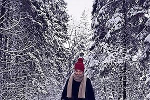 Ирена Понарошку — современный вариант Красной шапочки