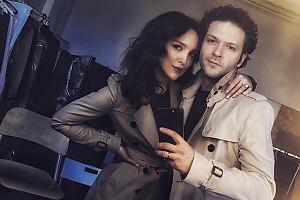 Константин Крюков с женой одеваются в одном стиле