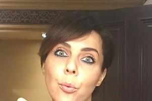 ВИДЕО: Ольга Шелест запечатлела процесс снятия макияжа