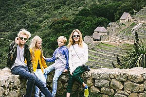 Наталья Водянова путешествует вместе с детьми