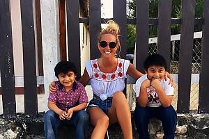 Виктория Лопырева отдыхает в мексиканской деревне